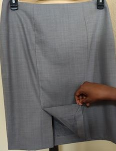 """Brooks Brothers """"346"""" Classic Fit Light Gray Skirt"""